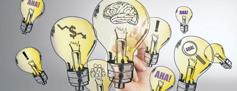 hand drawing lightbulb ideas